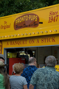 Line at a food truck in Minnesota State Fair