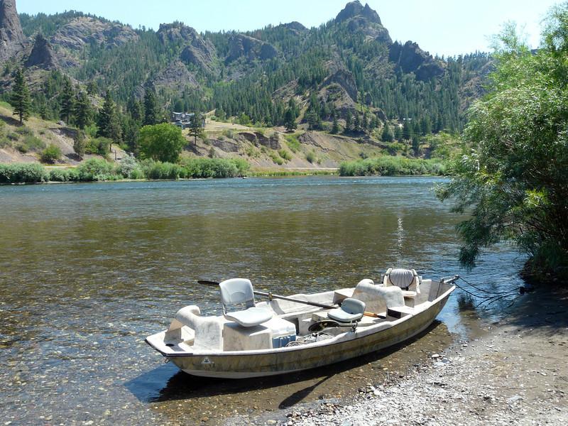 A peaceful Missouri River scene