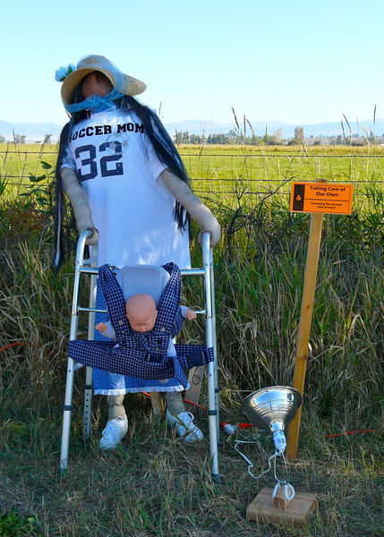 2010 Scarecrow Festival #6