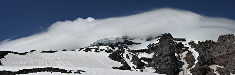Summit day lenticular cloud
