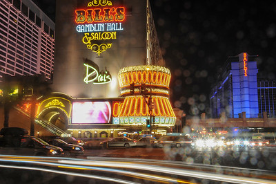 Street scene at night in Las Vegas, Nevada