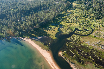 Hot air balloon ride over Lake Tahoe in Nevada