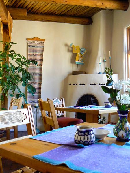 The charming dining area at El Paradero Bed & Breakfast Inn in Santa Fe, New Mexico.