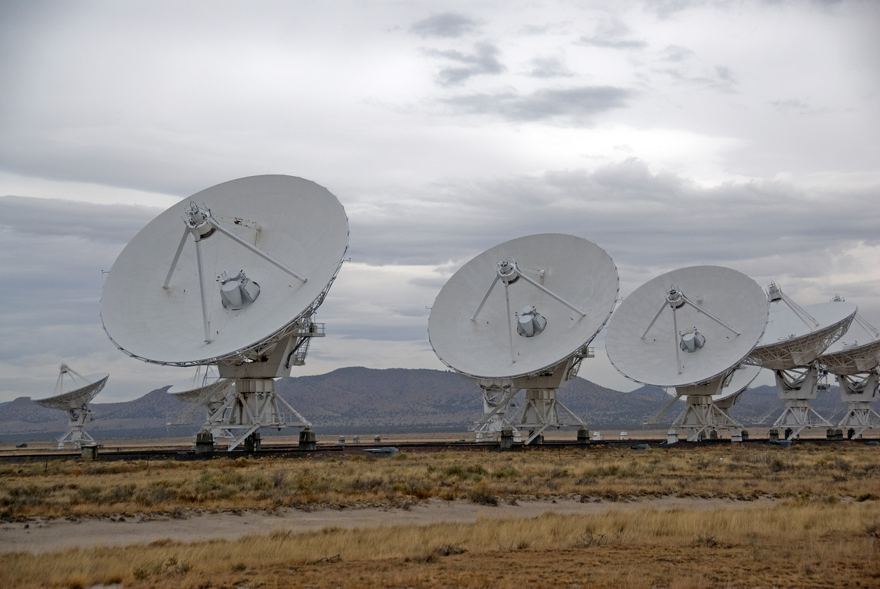 Row of antennas in VLA, Socorro, New Mexico