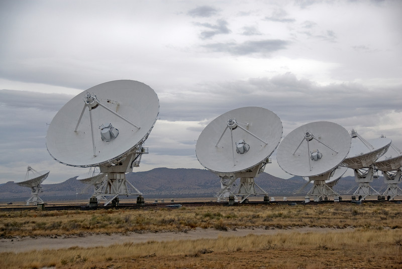 Row of antennas in VLA, Socorro, New Mexico
