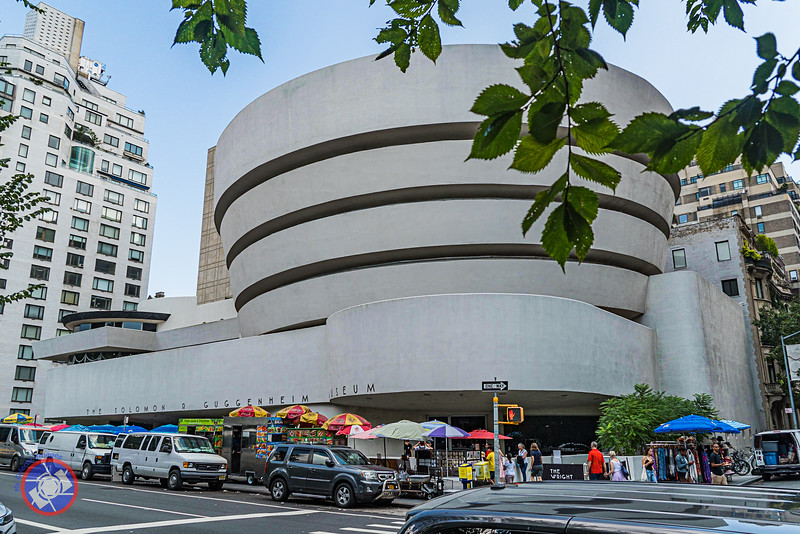 The Guggenheim Museum on 5th Avenue, New York (©simon@myeclecticimages.com)