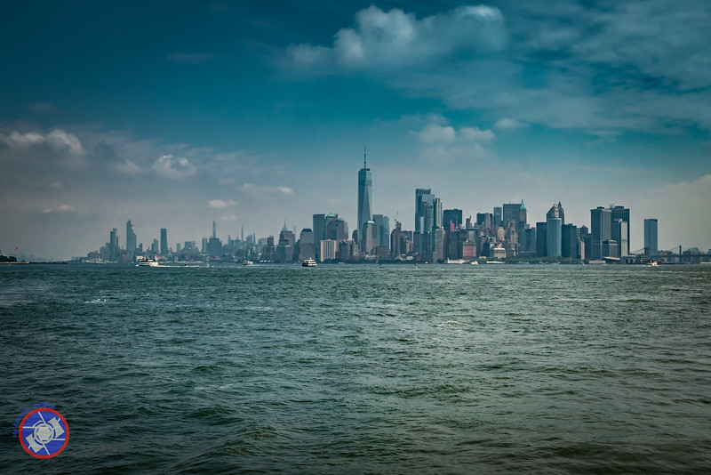 New York City Skyline from New York Harbor (©simon@myeclecticimages.com)