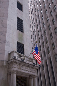 American flag outside the New York Stock Exchange building