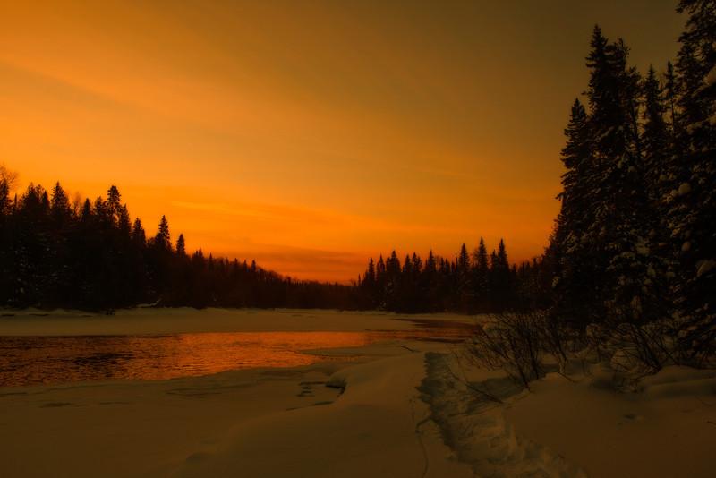 Sunrise on the Missinaibi River