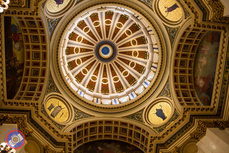 The Dome of the Pennsylvania State Capitol (©simon@myeclecticimages.com)