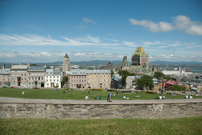 Chateau Frontenac and the Quebec City skyline at day - Canada