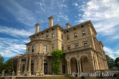 The Breakers, side view with Wisteria Arbor