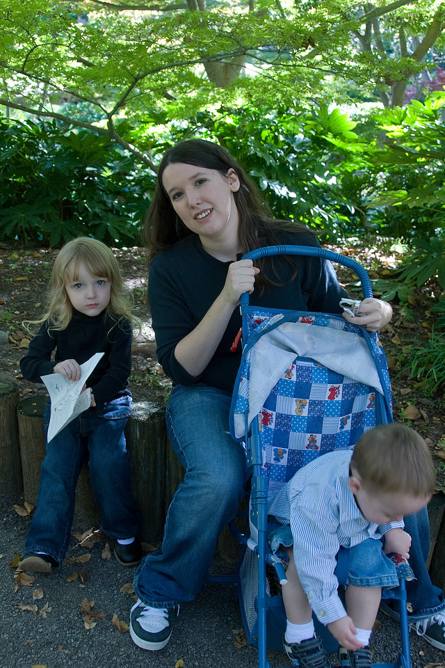 Amy and kids in Botanical Garden in Fort Worth, Texas