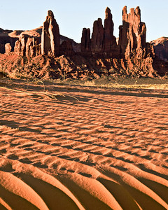 Sand dunes in the morning sun of Monument Valley