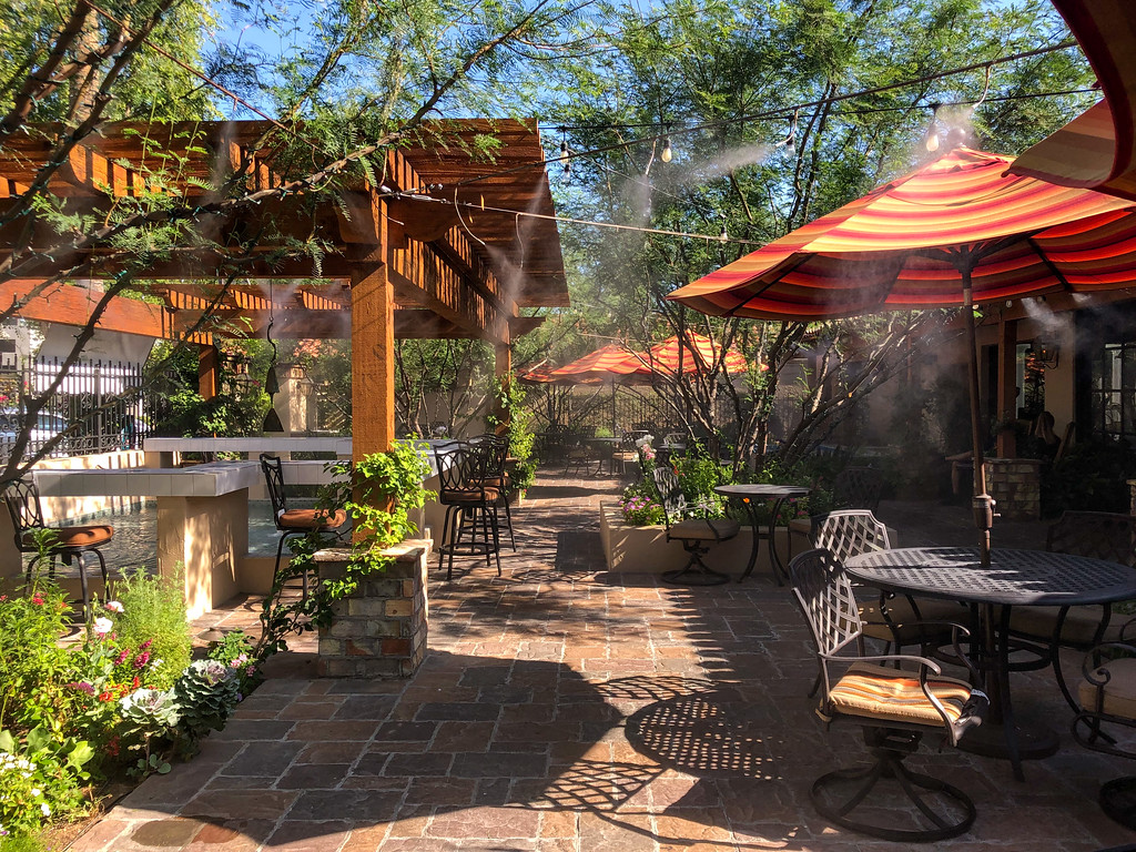 Patio at Schmooze in Scottsdale