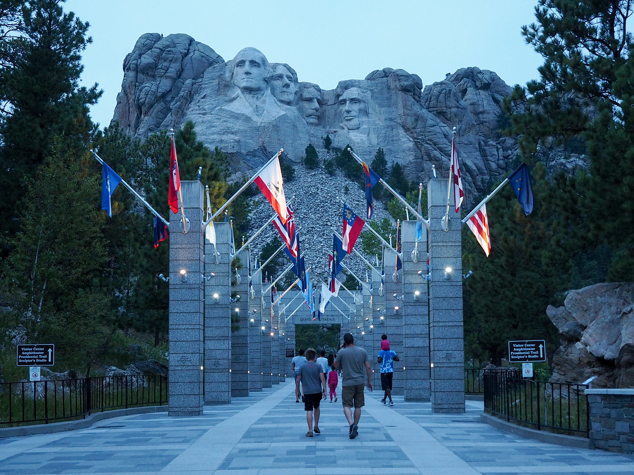 Mount Rushmore at dusk
