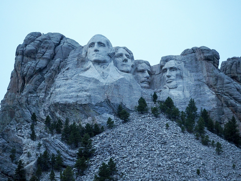 Mount Rushmore just before dusk