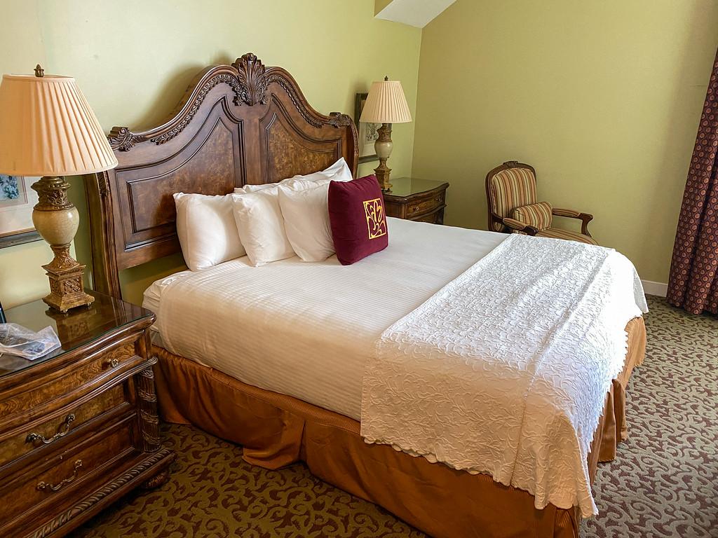 Room at the Blennerhassett Hotel