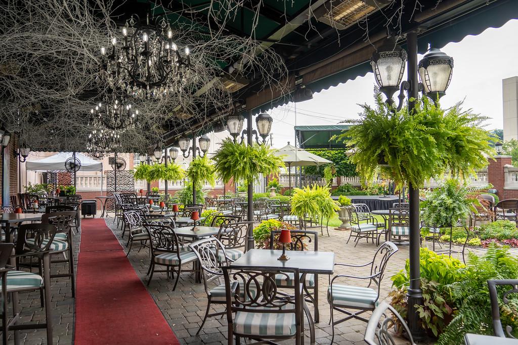 Blennerhassett Hotel patio