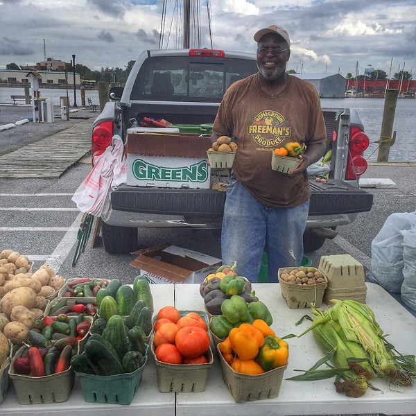 Freeman, the man with the vegetable plan. And some spectacular jalepeño peppers. Am a big fan of farmers' markets, including the wee one in Cambridge, Maryland that we visited to make our Eastern Shore beach-side picnic that dissolved in a dazzling thunderstorm. Buy local and interact local -- good stories, wisdom and humor. via Instagram http://ift.tt/1FuxVbS