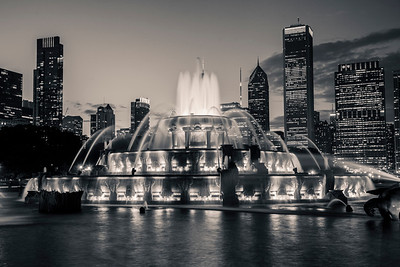 Chicago's Buckingham Fountain in Grant Park at Sunset in Black and White