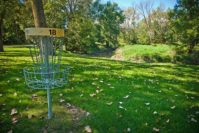 Disc Golf at Hidden Lake Park Merrillville in Northwest Indiana