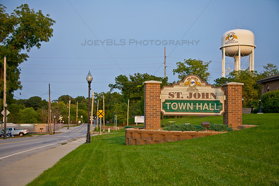 St John, Indiana Town Hall on 93rd Ave
