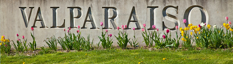 Valparaiso Monument Sign