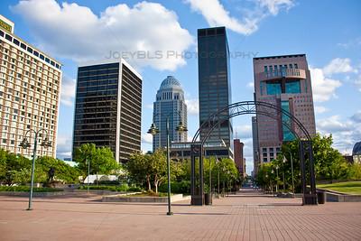 Downtown Louisivlle, Kentucky Plaza