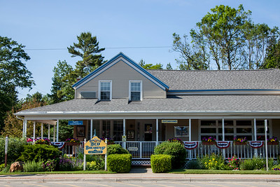 Glen Arbor, Michigan Food, Restaurants, and Bars