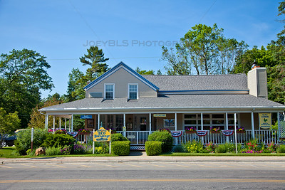 Glen Arbor, Michigan Shopping