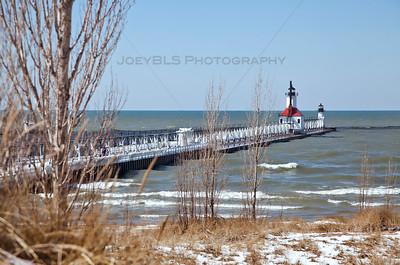 St Joseph, Michigan Lighthouse and Pier Winter