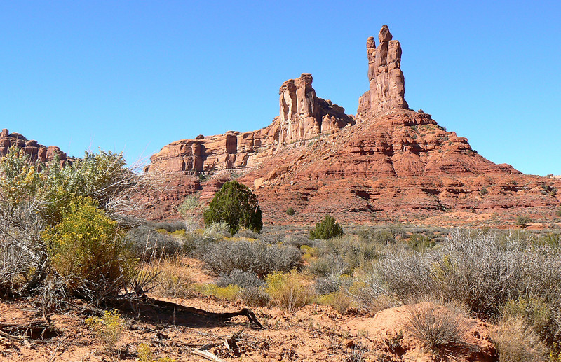 Explore Valley of the Gods, a mini Monument Valley in southern Utah.