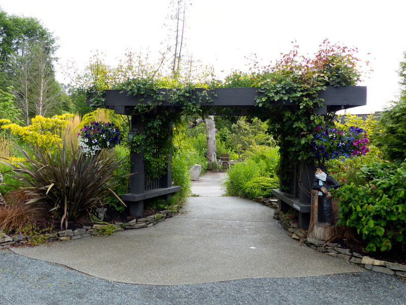 Walk through the flower-draped gate at Inn the Estuary to peace and relaxation in Nanaimo.