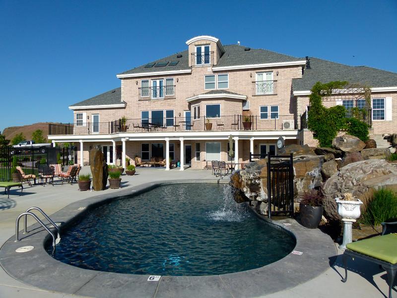 Pool area at Cameo Heights Mansion Bed and Breakfast near Walla Walla, Washington