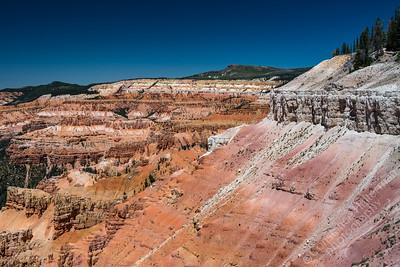 Cedar Breaks National Monument - red rocks
