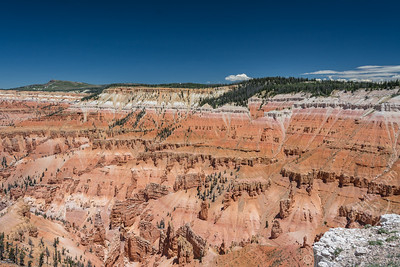 Cedar Breaks National Monument - red rocks