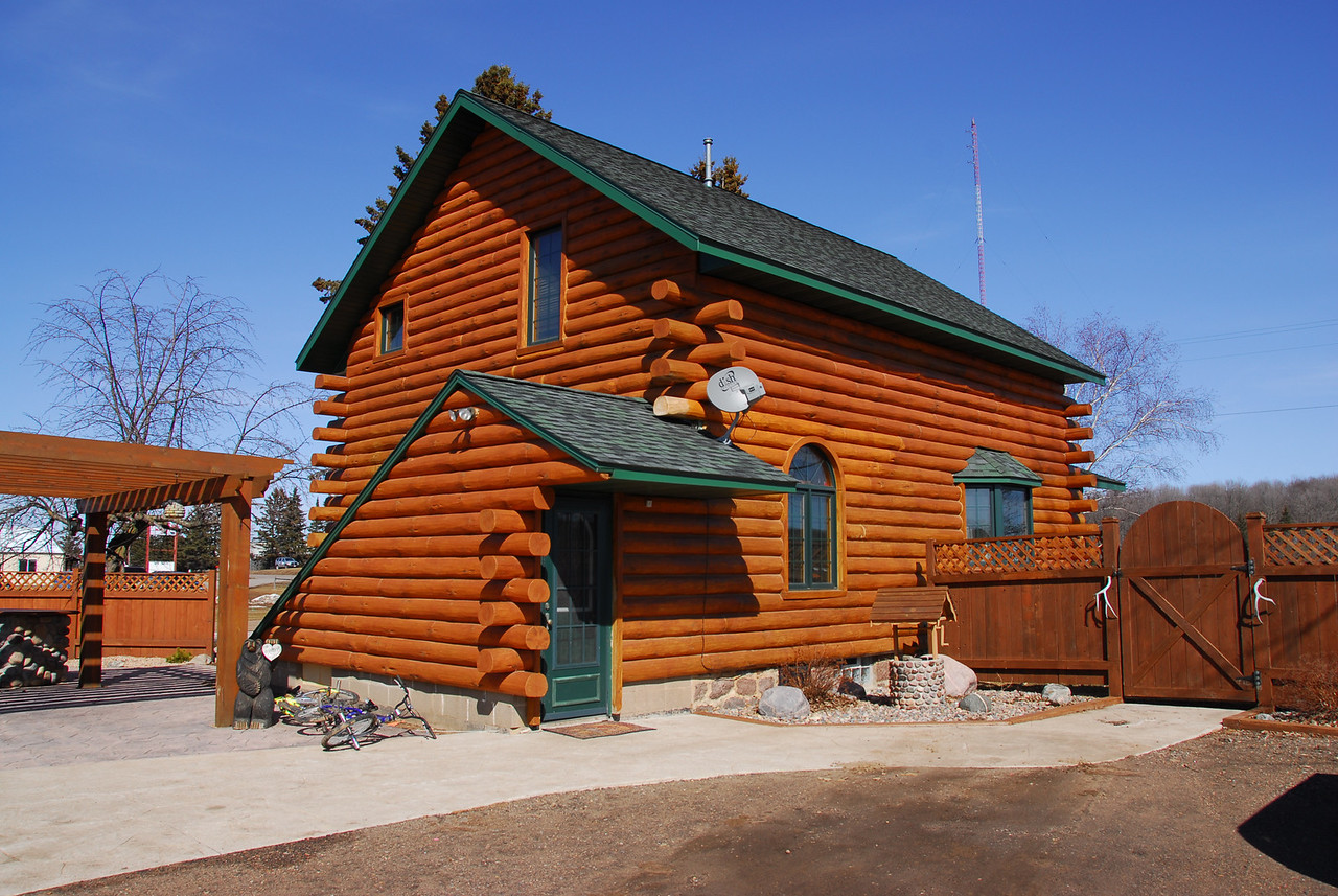 Cabin house in Antigo, Wisconsin