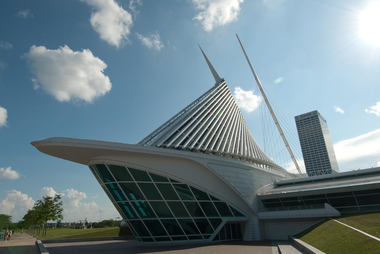 Milwaukee Art Museum in Milwaukee, Wisconsin