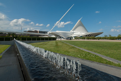 Fountain at Milwaukee Art Museum in Milwaukee, Wisconsin