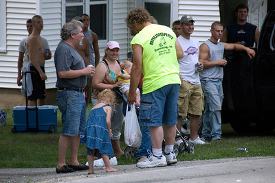 Onlookers of the parade at Stephensville, Wisconsin