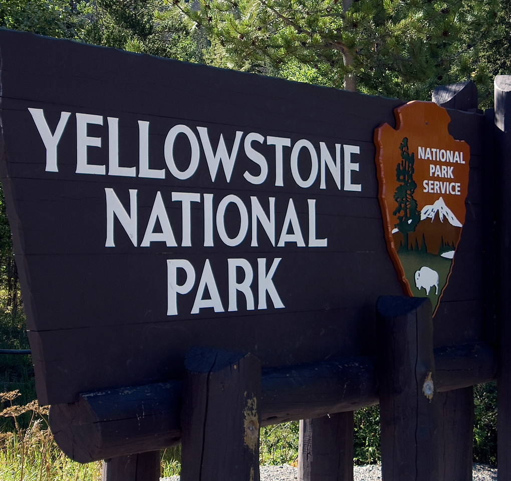 Yellowstone National Park sign in Wyoming