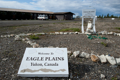Eagle Plains in Dempster Highway, Yukon, Canada