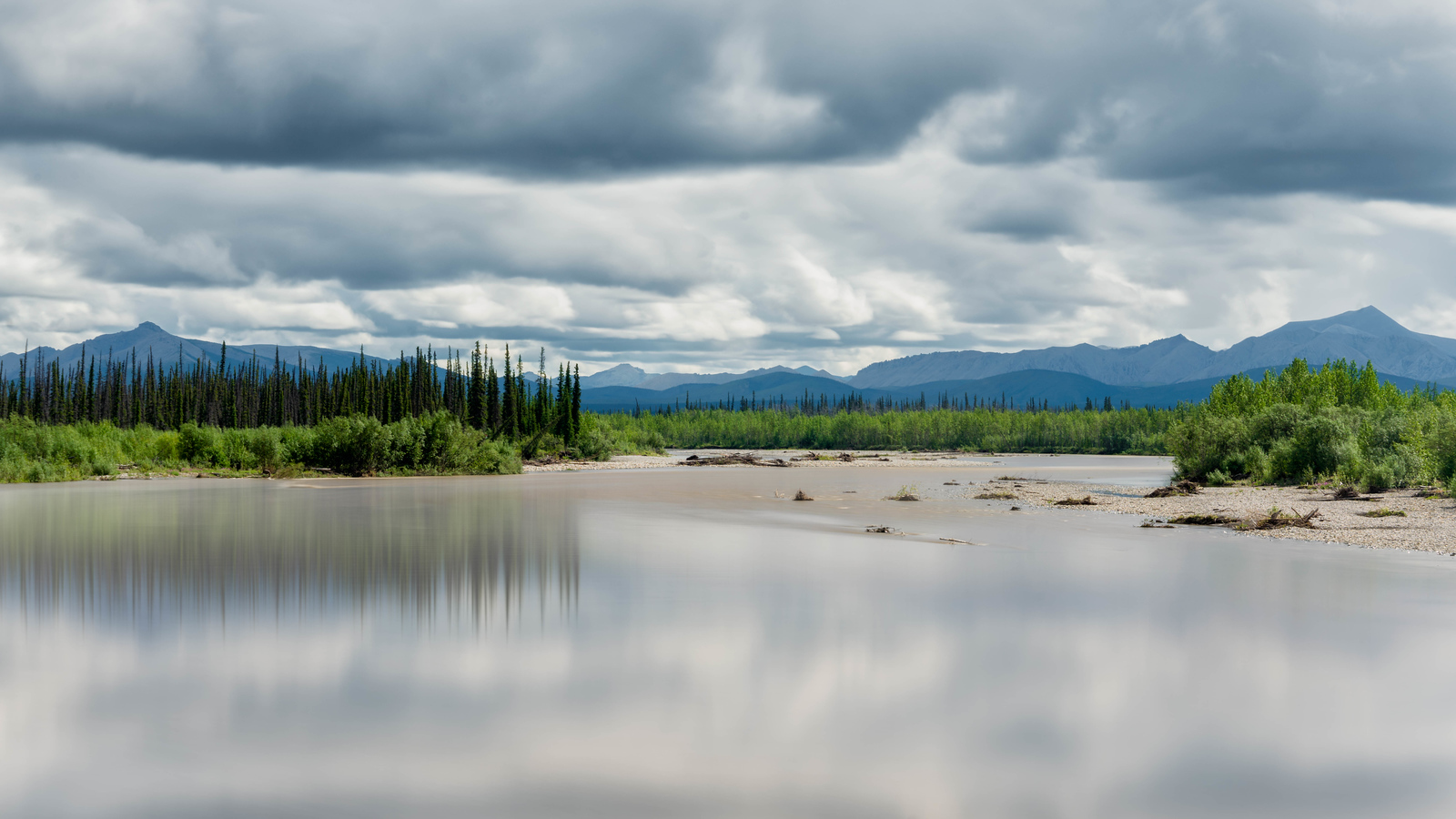 The views were spectacular on the Dempster Highway
