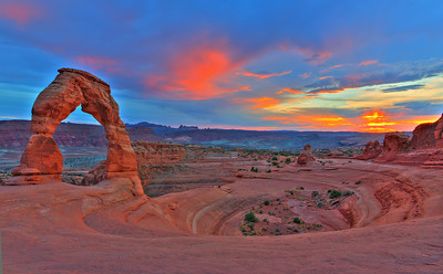 Sunset over Delicate Arch at Arches National Park