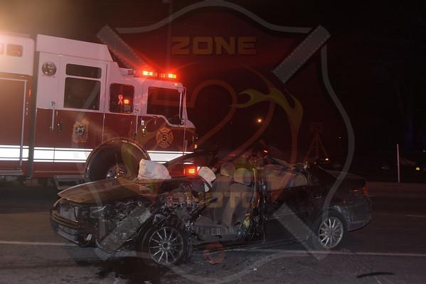 North Amityville Fire Co. MVA w/ Double Entrapment   Route 110 and Jefferson Ave. 2/14/16