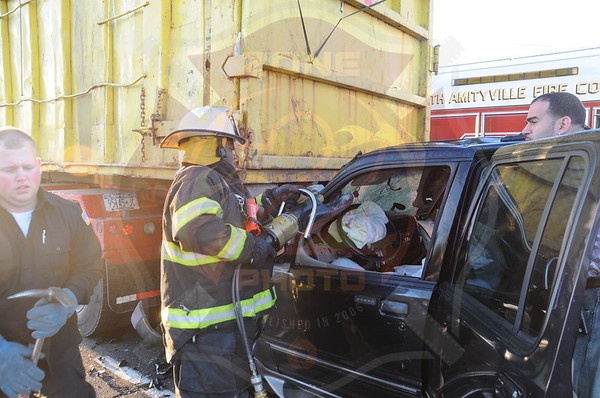 North Amityville Fire Co. MVA w/ Entrapment Sunrise Hwy. and Albany Ave. 5/4/13