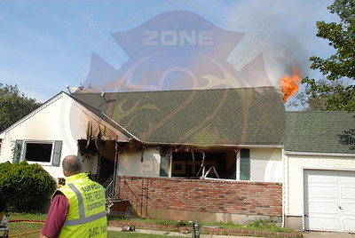 North Amityville Fire Co.Signal 13 43 Tryconnell St. 9/26/11