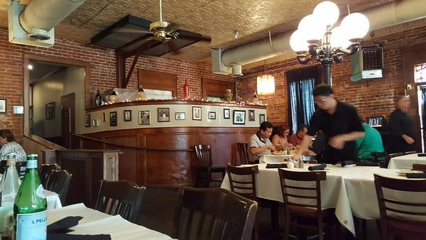 Dominicks Norcross GA Italian Restaurant  (9)