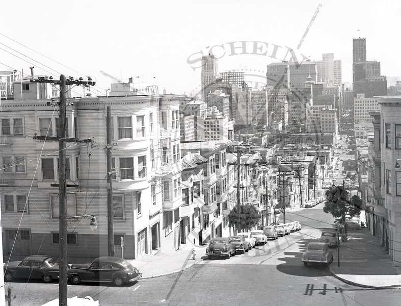 1100 Montgomery St at Green- View South to Downtown- 1945